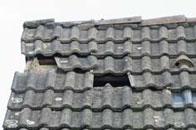 Henke Dachdecker | Zimmerei | Solartechnik für Bückeburg - Vor dem Winter DachCheck durchführen