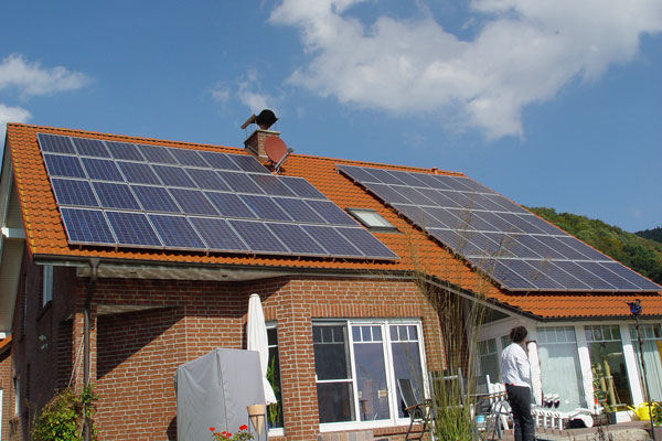 Henke Solartechnik - Photovoltaik – Anlage 10,54 kWp in Schaumburg bei Hessisch Oldendorf (Landkreis Schaumburg-Lippe)