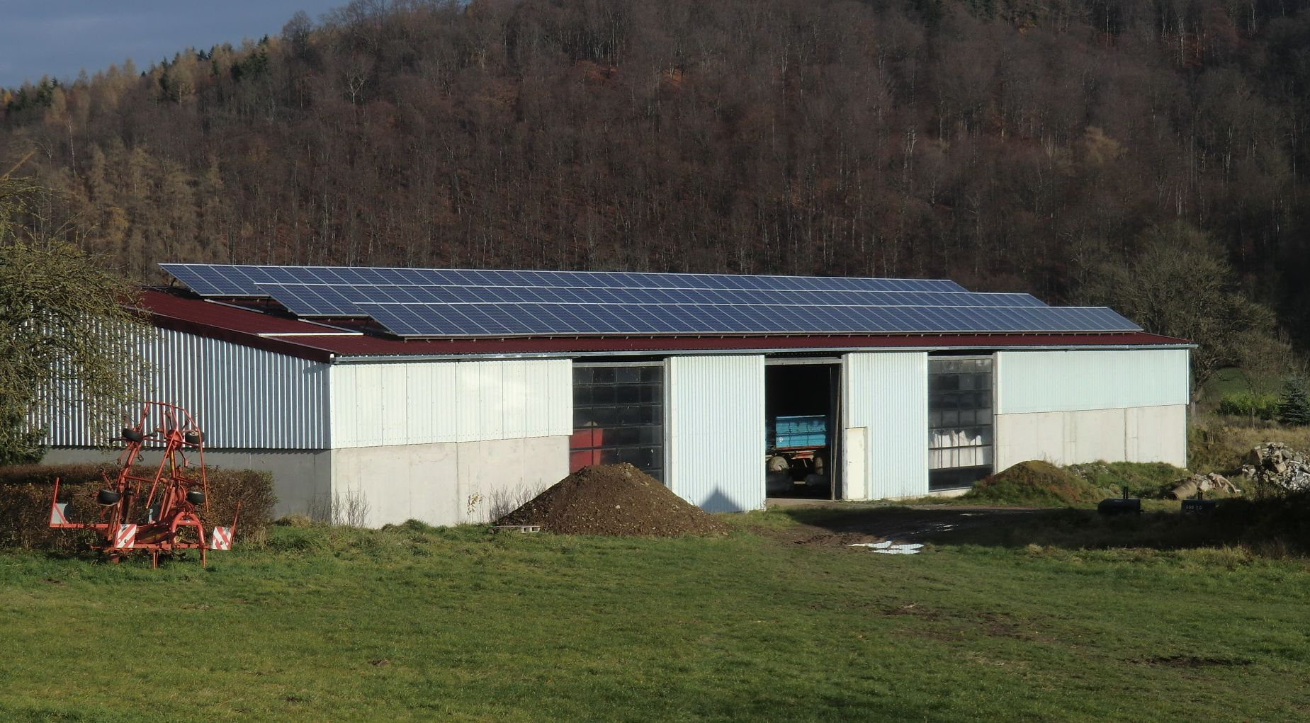 Henke Solartechnik - Photovoltaik – Anlage 31,70 kWp in Emmerthal bei Hameln (Landkreis Hameln-Pyrmont)