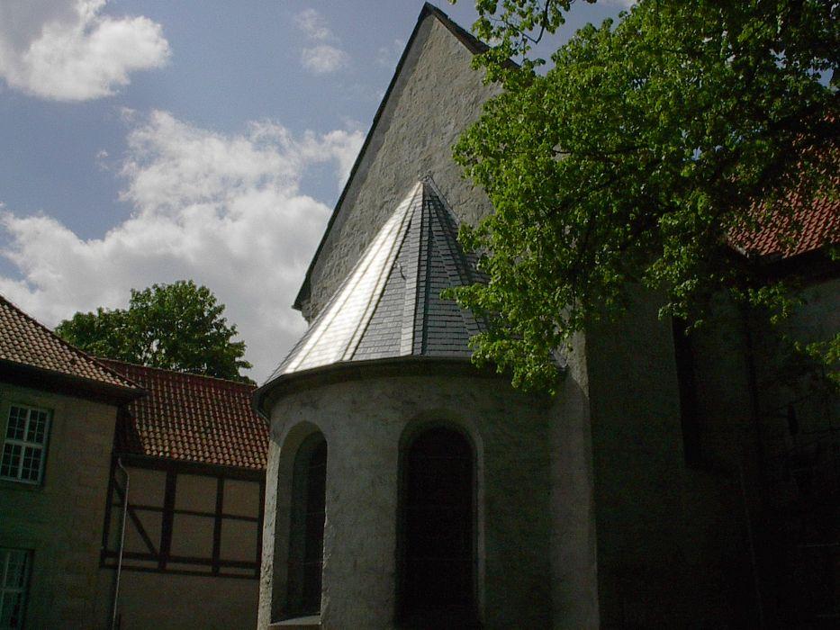 Henke Dachdecker - Steildacheindeckung mit Naturschiefer in Marienwerder bei Hannover (Region Hannover)