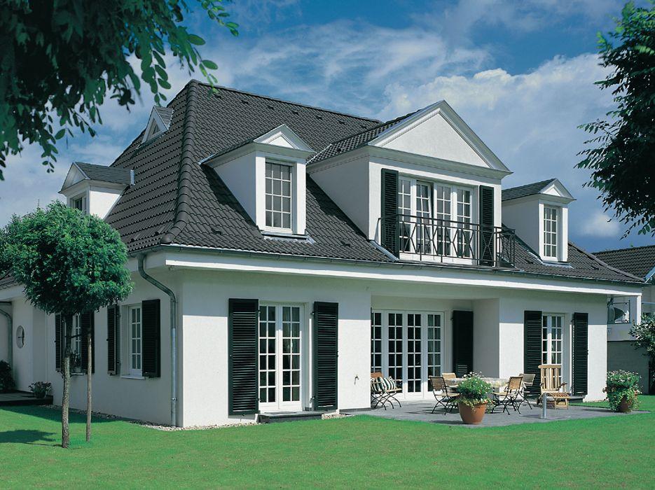Henke Dachdecker für Stadthagen - Egal ob Neubau oder Sanierung, mit dem Angebot an diffusionsfähigen Aufsparrendämmungen des Dachspezialisten Braas sind Hausbesitzer gut beraten.