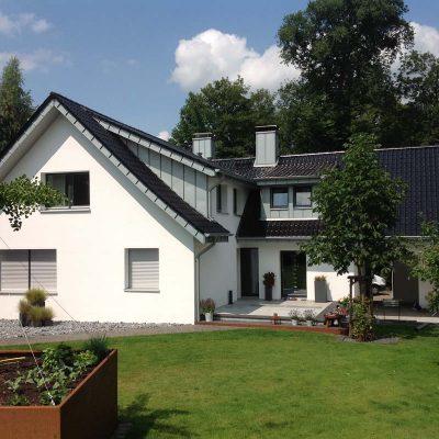 Henke Dachdecker - Dacheindeckung mit Tondachziegeln in Bückeburg (Landkreis Schaumburg-Lippe)