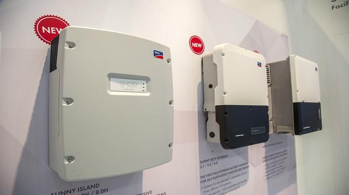 Henke Solartechnik für Bückeburg - SMA veröffentlicht als erster Hersteller Effizienzdaten von Speichersystemen