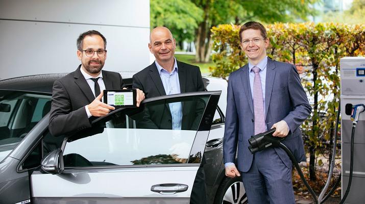 Henke Solartechnik für Bückeburg - Wenn das Elektroauto mit der Heizung spricht – digitalisierte Ladeinfrastruktur führt nachhaltige E-Mobilität zum Erfolg