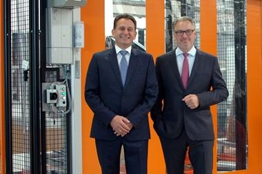 Henke Solartechnik für Bückeburg - SOLARWATT senkt Preise für Glas-Glas-Module