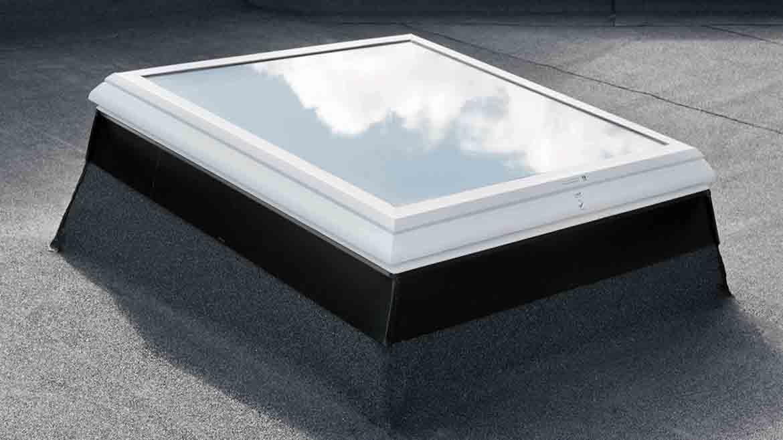 Henke Dachdecker für Hannover - LAMILUX High-Tech Glaselement