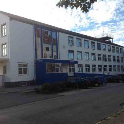 Henke Dachdecker für Hameln - Dachstuhl / Dacheindeckung Anbau Polizeikommissariat Hameln