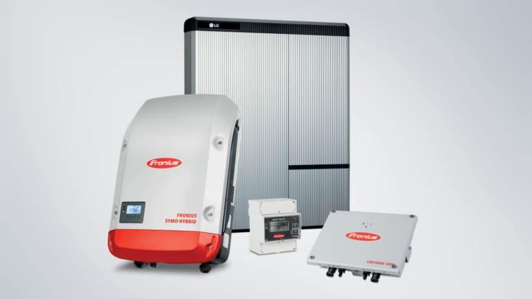 Henke Solartechnik für Rinteln - FRONIUS SYMO HYBRID AB SOFORT MIT LG CHEM RESU SPEICHER KOMPATIBEL