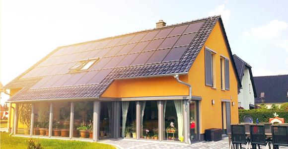 Henke Solartechnik für Minden - SOLARWATT Indach Modul EasyIn