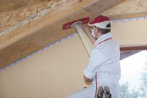 Henke Zimmerei für Schaumburg - Dachdämmung mit Einblasdämmung