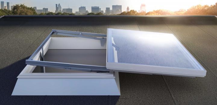 Henke Dachdecker für Bückeburg - JET-Gruppe Lichtkuppel sliderdome