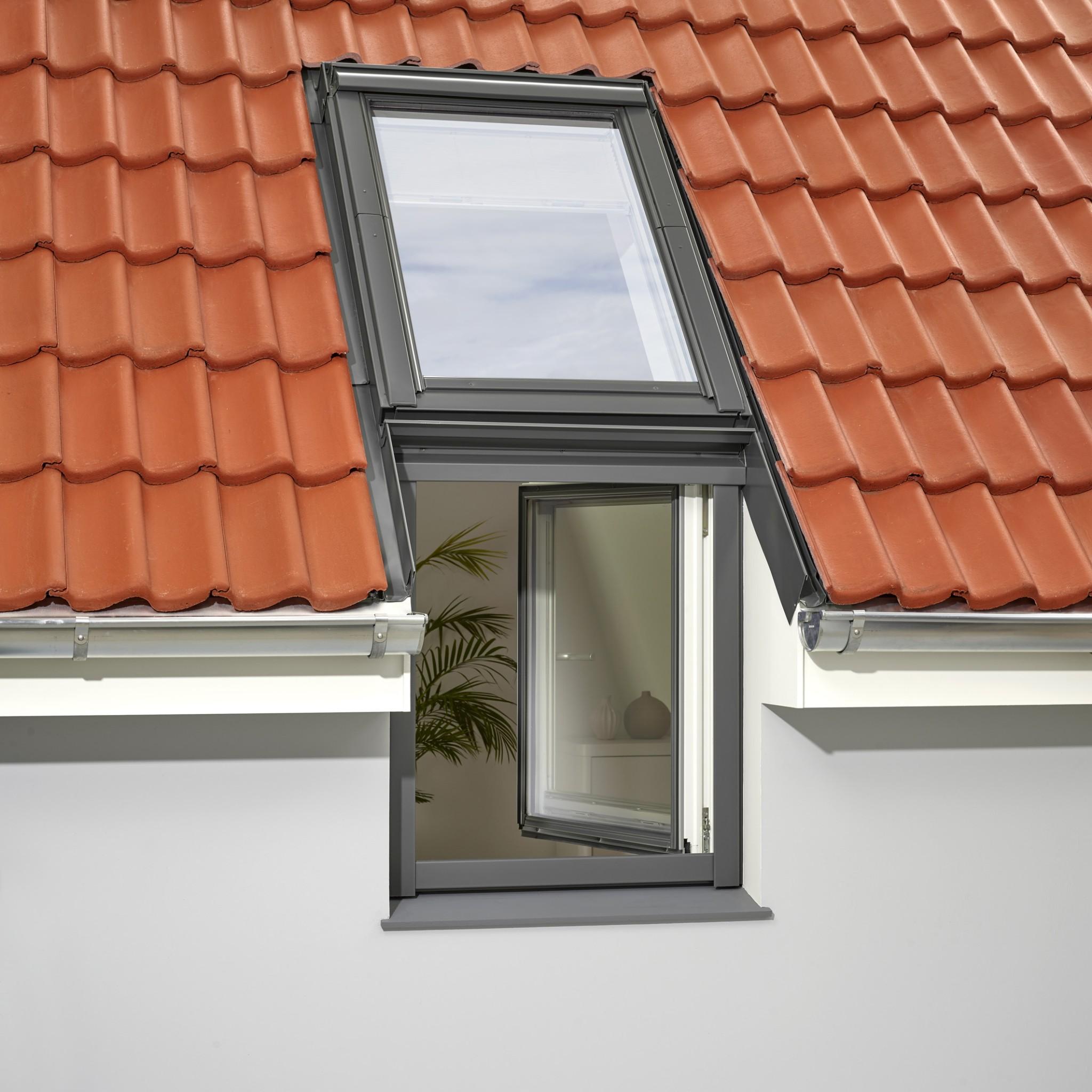 Henke Dachfenster für das Auetal - VELUX Fassadenfenster Lichtband