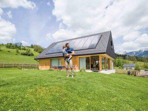 Henke Dachdeckerei | Zimmerei | Solartechnik für Rinteln - Fronius - Photovoltaikanlage von der Sonne finanziert