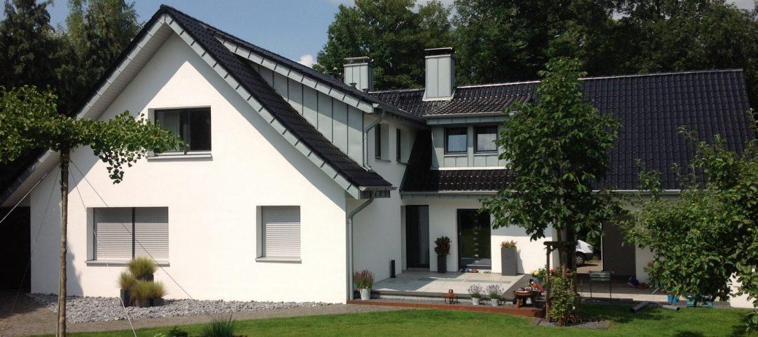 Haus mit Dach Metall