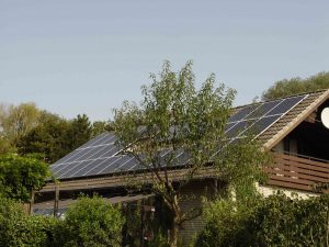 Photovoltaik–Anlage 9,60 kWp in Helpsen bei Stadthagen (Landkreis Schaumburg-Lippe) | SOLARWATT Glas-Glas-Modul Vision 60M | Stadtwerke Schaumburg-Lippe - Solarpacht