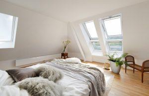 Henke Dachdecker für Schaumburg - VELUX Dachfenster für das Schlafzimmer